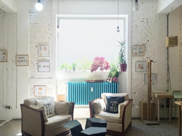 +tova best cafes sofia travel blog