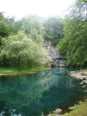travel slovenia big berry bela krajina krupa izvor source 2