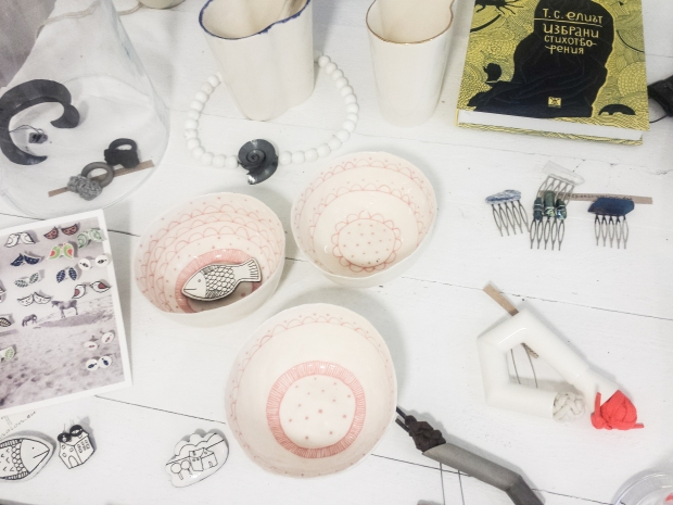 bulgarian-design-ceramics-in-le-petit-salon-in-sozopol-burgas-seaside