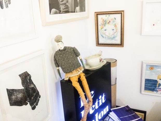 handmade-dolls-in-le-petit-salon-in-sozopol