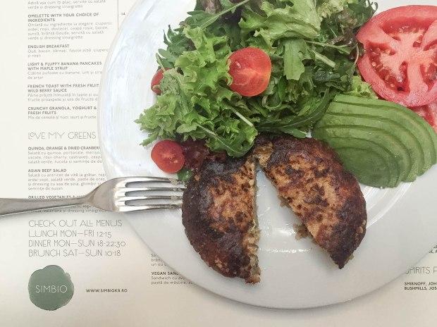 simbio-restaurant-healthy-food-vegan-review-summer-adventures-bucharest-romania-travelblog-eostories-4