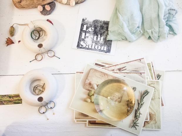 vintage-photos-in-le-petit-salon-in-sozopol-bulgaria