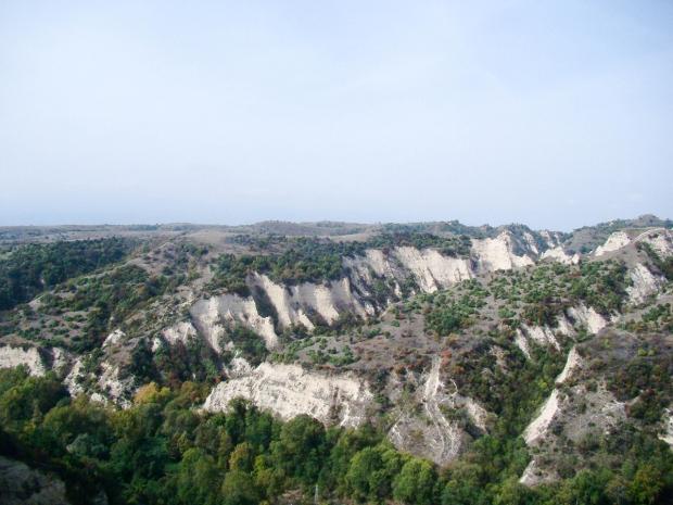 melnik-smallest-town-adventures-mountains-bulgaria-travelblog-eostories-10