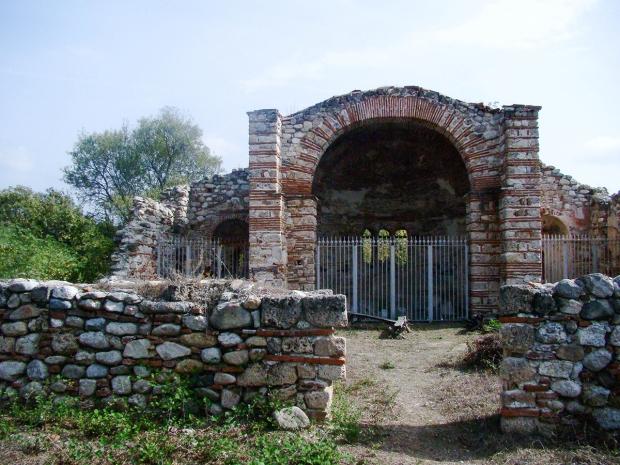 melnik-smallest-town-adventures-mountains-bulgaria-travelblog-eostories-13