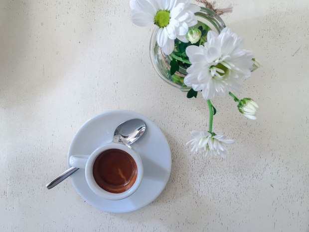 thelittlethings-hip-cozy-restaurant-sofia-bulgaria-travelblog-eostories-foodies-9