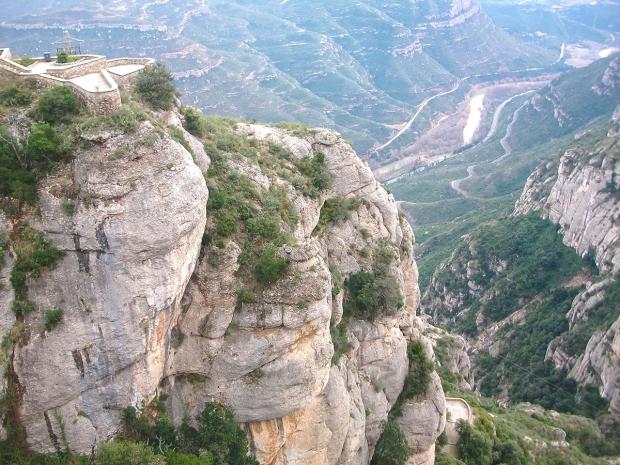 montserrat-barcelona-daytrips-travelblog-eostories-6