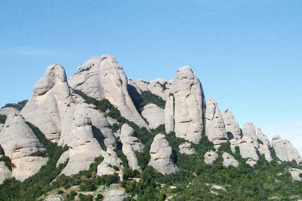 montserrat-barcelona-daytrips-travelblog-eostories-9